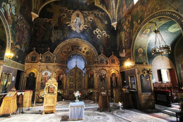 """Biserica_""""Sf.Nicolae""""_-_Rusă_(interior)"""